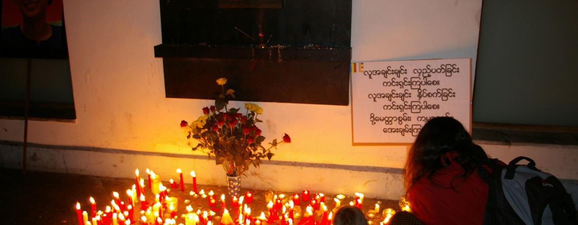 prayer in Prague for Burma's political prisoners